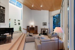 """Photo 9: 4318 W POINT Place in Vancouver: Point Grey House for sale in """"West Point Place"""" (Vancouver West)  : MLS®# V1020121"""
