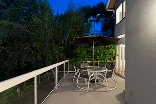 """Photo 24: 4318 W POINT Place in Vancouver: Point Grey House for sale in """"West Point Place"""" (Vancouver West)  : MLS®# V1020121"""
