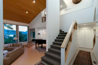"""Photo 7: 4318 W POINT Place in Vancouver: Point Grey House for sale in """"West Point Place"""" (Vancouver West)  : MLS®# V1020121"""