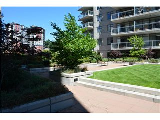 "Photo 4: 3205 898 CARNARVON Street in New Westminster: Downtown NW Condo for sale in ""AZURE 1 @ PLAZA 88"" : MLS®# V1078443"