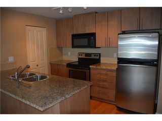 "Photo 6: 3205 898 CARNARVON Street in New Westminster: Downtown NW Condo for sale in ""AZURE 1 @ PLAZA 88"" : MLS®# V1078443"