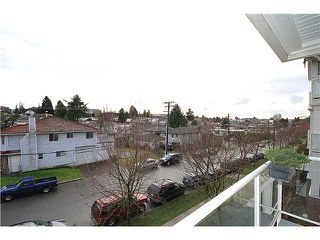 Photo 17: # 314 3651 FOSTER AV in Vancouver: Collingwood VE Condo for sale (Vancouver East)  : MLS®# V1104103