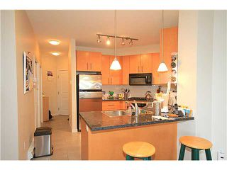 Photo 7: # 314 3651 FOSTER AV in Vancouver: Collingwood VE Condo for sale (Vancouver East)  : MLS®# V1104103