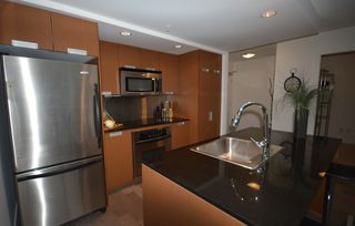 Photo 3: 704 1255 SEYMOUR STREET in Vancouver: Downtown VW Condo for sale (Vancouver West)  : MLS®# R2014219