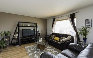 Photo 2: 24 Basel Avenue in Winnipeg: Single Family Attached for sale : MLS®# 1606898