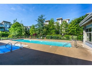 Photo 17: 130 15380 102A AVENUE in Surrey: Guildford Condo for sale (North Surrey)  : MLS®# R2062187