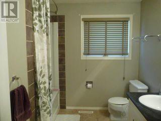 Photo 8: 4808 52 Avenue in Viking: Residential Detached for sale