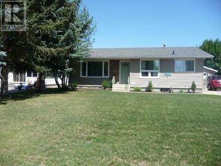 Photo 2: 4808 52 Avenue in Viking: Residential Detached for sale