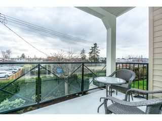 Photo 18: 208 17712 57A AVENUE in Surrey: Cloverdale BC Condo for sale (Cloverdale)  : MLS®# R2327988