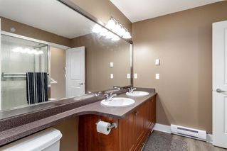 Photo 17: 110 16177 83 AVENUE in Surrey: Fleetwood Tynehead Townhouse for sale : MLS®# R2340089