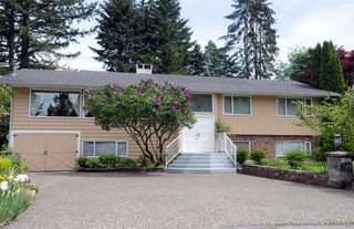 Photo 1: 2644 POPLYNN PLACE in North Vancouver: Westlynn House for sale : MLS®# R2371154