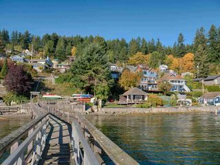 "Photo 6: 808 MARINE Drive in Gibsons: Gibsons & Area House for sale in ""GRANTHAM'S LANDING"" (Sunshine Coast)  : MLS®# R2392475"
