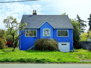 Photo 1: 485 Joffre St in VICTORIA: Es Saxe Point Single Family Detached for sale (Esquimalt)  : MLS®# 822222