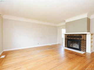 Photo 2: 485 Joffre St in VICTORIA: Es Saxe Point Single Family Detached for sale (Esquimalt)  : MLS®# 822222