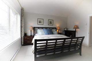 Photo 9: 16474 25 Avenue in Surrey: Grandview Surrey Condo for sale (South Surrey White Rock)  : MLS®# R2397208
