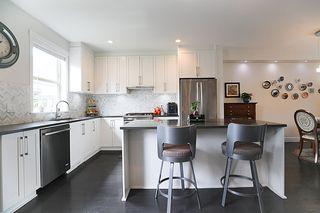 Photo 5: 16474 25 Avenue in Surrey: Grandview Surrey Condo for sale (South Surrey White Rock)  : MLS®# R2397208