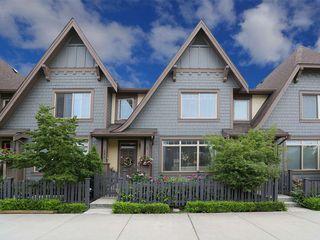 Photo 1: 16474 25 Avenue in Surrey: Grandview Surrey Condo for sale (South Surrey White Rock)  : MLS®# R2397208