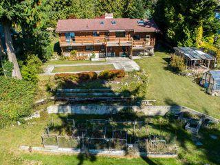 Photo 2: 8025 REDROOFFS Road in Halfmoon Bay: Halfmn Bay Secret Cv Redroofs House for sale (Sunshine Coast)  : MLS®# R2411755