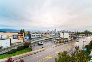 """Photo 16: 410 1680 W 4TH Avenue in Vancouver: False Creek Condo for sale in """"Mantra"""" (Vancouver West)  : MLS®# R2414688"""