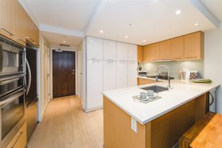 """Photo 7: 410 1680 W 4TH Avenue in Vancouver: False Creek Condo for sale in """"Mantra"""" (Vancouver West)  : MLS®# R2414688"""