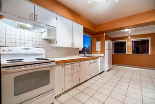 Photo 5: 2243 RENFREW Street in Vancouver: Renfrew VE House for sale (Vancouver East)  : MLS®# R2422883