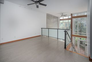 Photo 14: 111 10 RENAISSANCE SQUARE in New Westminster: Quay Condo for sale : MLS®# R2431581