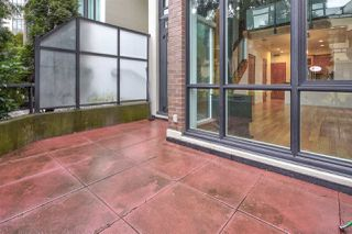 Photo 16: 111 10 RENAISSANCE SQUARE in New Westminster: Quay Condo for sale : MLS®# R2431581