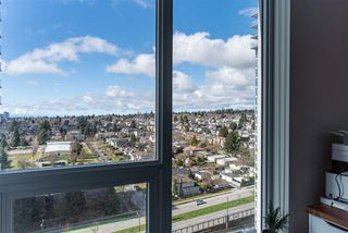 "Photo 11: 2105 455 SW MARINE Drive in Vancouver: Marpole Condo for sale in ""W1"" (Vancouver West)  : MLS®# R2442897"