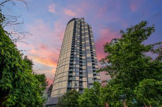 "Photo 3: 3201 1199 SEYMOUR Street in Vancouver: Downtown VW Condo for sale in ""BRAVA"" (Vancouver West)  : MLS®# R2462993"