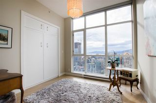 "Photo 15: 3201 1199 SEYMOUR Street in Vancouver: Downtown VW Condo for sale in ""BRAVA"" (Vancouver West)  : MLS®# R2462993"