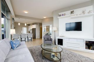 "Photo 5: 3201 1199 SEYMOUR Street in Vancouver: Downtown VW Condo for sale in ""BRAVA"" (Vancouver West)  : MLS®# R2462993"