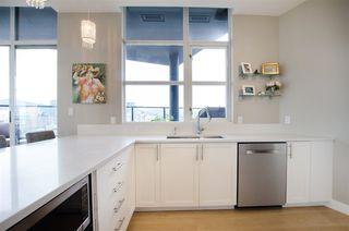 "Photo 9: 3201 1199 SEYMOUR Street in Vancouver: Downtown VW Condo for sale in ""BRAVA"" (Vancouver West)  : MLS®# R2462993"