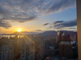 "Photo 2: 3201 1199 SEYMOUR Street in Vancouver: Downtown VW Condo for sale in ""BRAVA"" (Vancouver West)  : MLS®# R2462993"