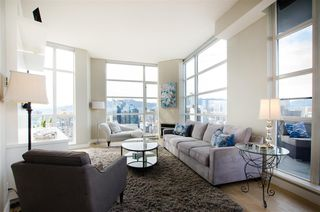 "Photo 10: 3201 1199 SEYMOUR Street in Vancouver: Downtown VW Condo for sale in ""BRAVA"" (Vancouver West)  : MLS®# R2462993"