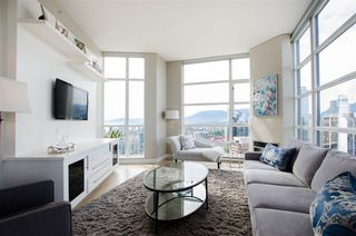 "Photo 8: 3201 1199 SEYMOUR Street in Vancouver: Downtown VW Condo for sale in ""BRAVA"" (Vancouver West)  : MLS®# R2462993"