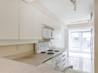 """Photo 6: 3 2368 LAUREL Street in Vancouver: Fairview VW Townhouse for sale in """"Spinnaker West"""" (Vancouver West)  : MLS®# R2524045"""