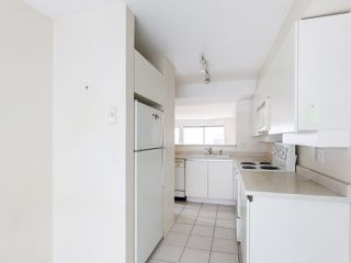 """Photo 4: 3 2368 LAUREL Street in Vancouver: Fairview VW Townhouse for sale in """"Spinnaker West"""" (Vancouver West)  : MLS®# R2524045"""