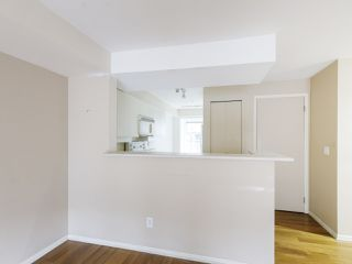 """Photo 7: 3 2368 LAUREL Street in Vancouver: Fairview VW Townhouse for sale in """"Spinnaker West"""" (Vancouver West)  : MLS®# R2524045"""