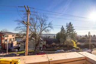 "Photo 6: 10 1211 EIGHTH Avenue in New Westminster: West End NW Townhouse for sale in ""ELINA"" : MLS®# R2527667"