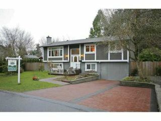 Photo 1: 11515 WOOD Street in Maple Ridge: Southwest Maple Ridge House for sale : MLS®# V937291