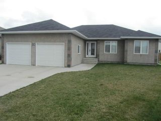 Photo 1: 15 ANDOVER Place in NIVERVILLE: Glenlea / Ste. Agathe / St. Adolphe / Grande Pointe / Ile des Chenes / Vermette / Niverville Residential for sale (Winnipeg area)  : MLS®# 1209114
