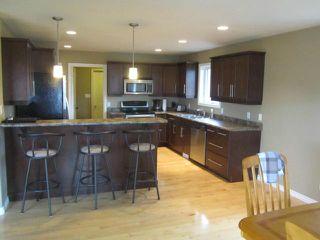 Photo 3: 15 ANDOVER Place in NIVERVILLE: Glenlea / Ste. Agathe / St. Adolphe / Grande Pointe / Ile des Chenes / Vermette / Niverville Residential for sale (Winnipeg area)  : MLS®# 1209114