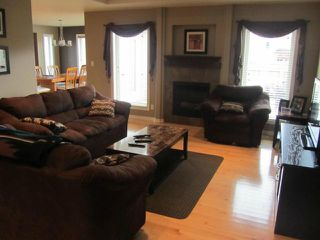 Photo 5: 15 ANDOVER Place in NIVERVILLE: Glenlea / Ste. Agathe / St. Adolphe / Grande Pointe / Ile des Chenes / Vermette / Niverville Residential for sale (Winnipeg area)  : MLS®# 1209114