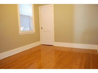Photo 4: 928 Ashburn Street in WINNIPEG: West End / Wolseley Residential for sale (West Winnipeg)  : MLS®# 1211331