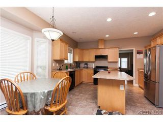 Photo 7: 2287 Setchfield Ave in VICTORIA: La Bear Mountain House for sale (Langford)  : MLS®# 625835