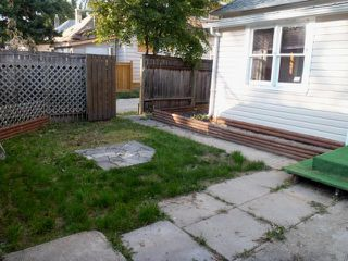 Photo 2: 859 Nassau Street South in WINNIPEG: Manitoba Other Residential for sale : MLS®# 1017220