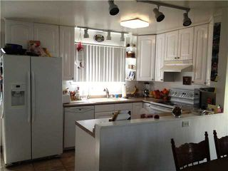 Photo 3: CLAIREMONT House for sale : 3 bedrooms : 4670 El Penon Way in San Diego