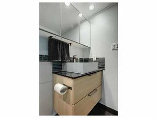 "Photo 2: 302 391 E 7TH Avenue in Vancouver: Mount Pleasant VE Condo for sale in ""OAKWOOD PARK"" (Vancouver East)  : MLS®# V1000563"