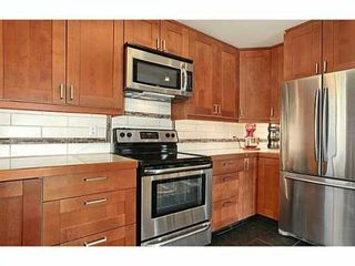 "Photo 4: 302 391 E 7TH Avenue in Vancouver: Mount Pleasant VE Condo for sale in ""OAKWOOD PARK"" (Vancouver East)  : MLS®# V1000563"