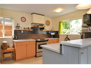 "Photo 19: 6390 SAMRON Road in Sechelt: Sechelt District House for sale in ""WEST SECHELT"" (Sunshine Coast)  : MLS®# V1002133"